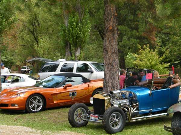 Beautiful old cars!